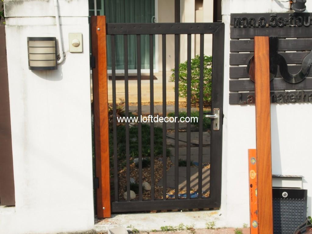 ประตูรั้วไม้,ประตูรั้วบ้าน